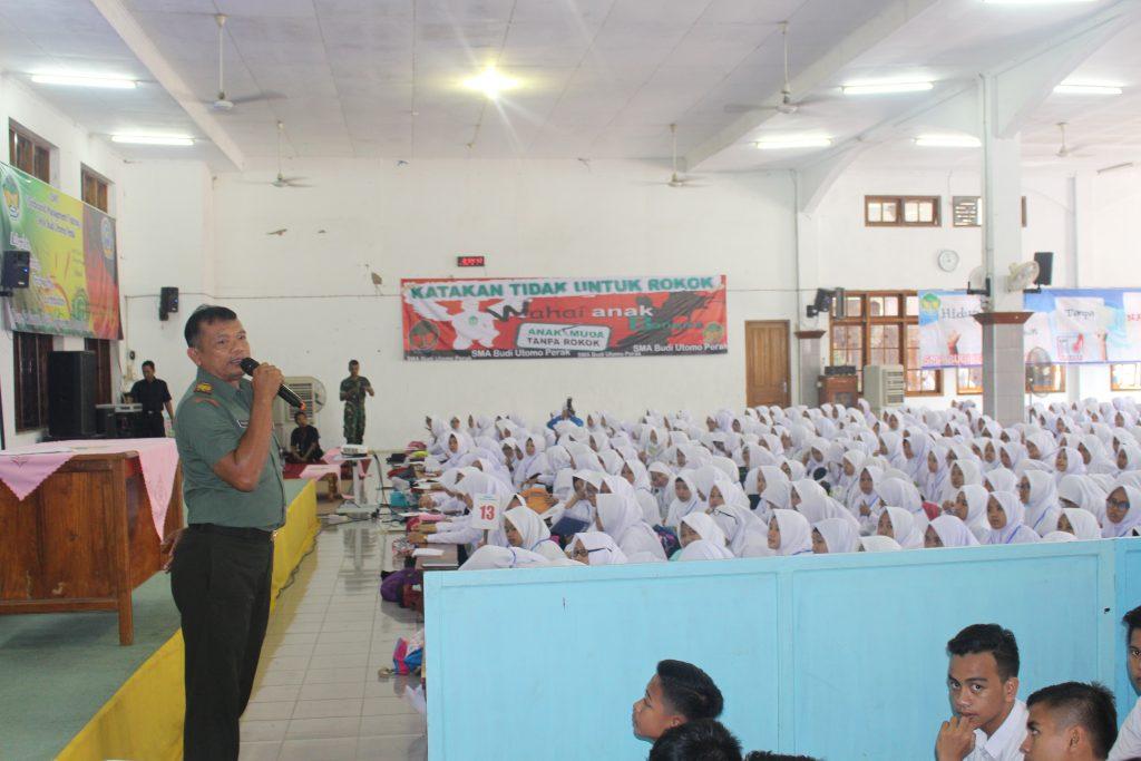 Koramil Perak Isi Materi MPLS di SMA Budi Utomo